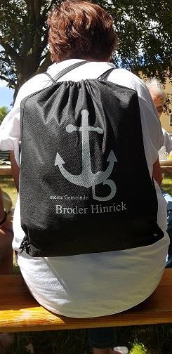 Mit Broder Hinrick-Rucksack auf Reisen.
