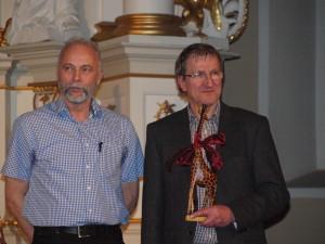 Wolfgang Löbnitz + Wolfgang Zarth mit Ehrenpreis auf dem Eine-Welt-Preis-FEST